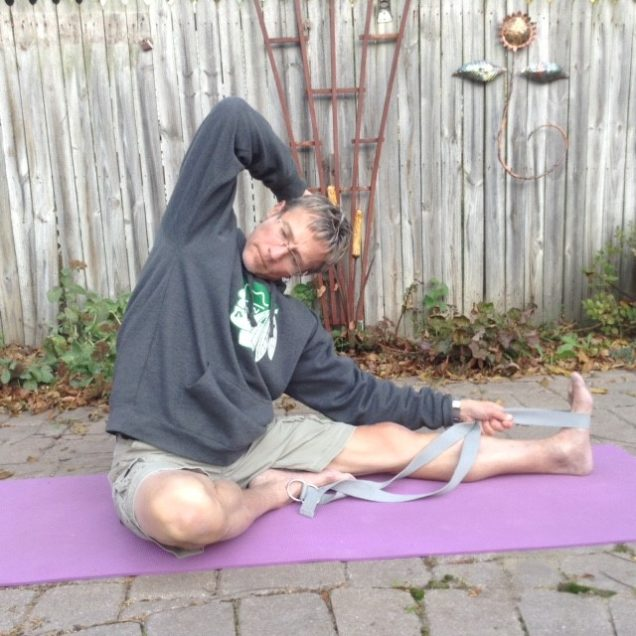 yoga sequence head to knee